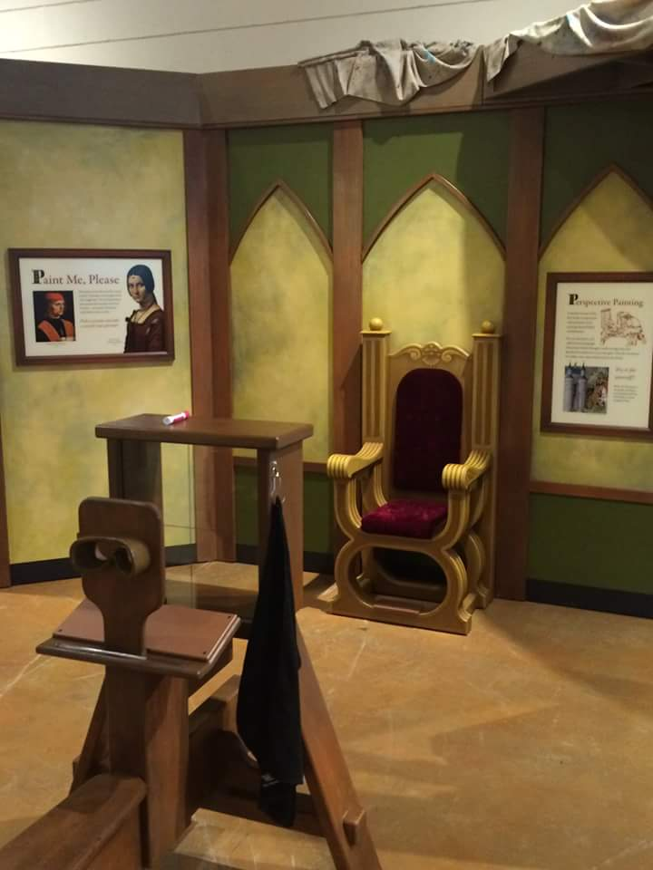 Da Vinci Portrait Chair: Leonardo da Vinci exhibit at the Curious Kids' Museum & Discovery Zone