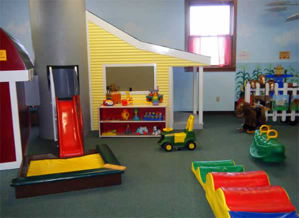Toddler Farm: Exhibit at the Curious Kids' Museum & Discovery Zone